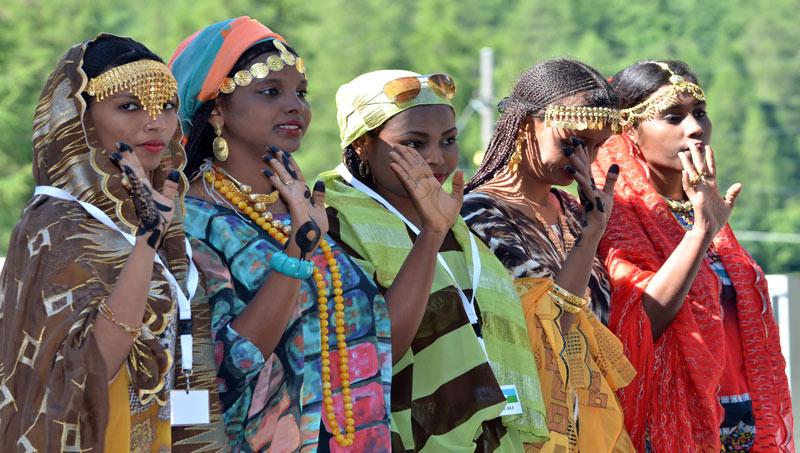 djiboutian women liveabord